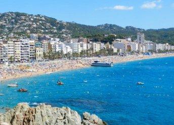8 napos nyaralás 2 főre Costa Braván, repülőjeggyel és illetékkel, félpanzióval, a Hotel Astoria Parkban****