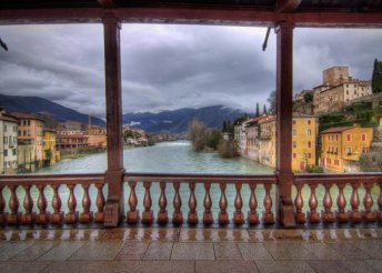 4 napos kirándulás Észak-Olaszországban, reggelivel, 3*-os szállással, buszos utazással