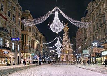 3 napos adventi buszos utazás Pozsonyba, Bécsbe és Prágába, reggelivel és 3*-os prágai szállással