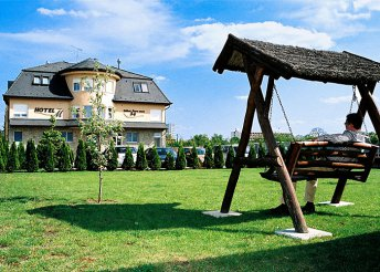 3 napos nyaralás 2 személyre Hajdúszoboszlón, a Hotel-M vendégeként, félpanzióval, wellness használattal