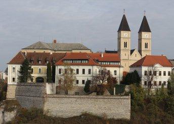 3 napos pihenés 2 személyre Veszprémben, az Oliva Hotel & Étteremben, félpanzióval