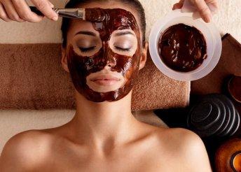 Csokoládés hidratáló és ránctalanító kezelés arcra, nyakra és dekoltázsra