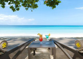 Luxus a Seychelle-szigeteken, 7 éjszaka a The H Resort Beau Vallon Beach***** vendégeként