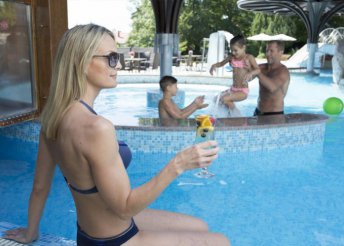 Őszi szünet Hévízen, a NaturMed Hotel Carbona**** superior vendégeként