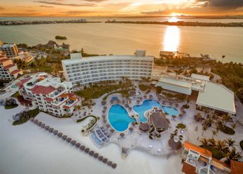 9 nap Mexikóban: Grand Park Royal Cancún Caribe***** Hotel all inclusive ellátással