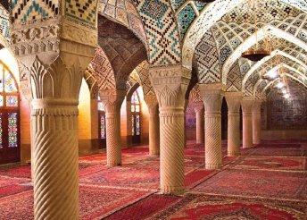 9 napos körutazás Iránban repülőjeggyel, helyi buszos utazással, félpanzióval, idegenvezetéssel
