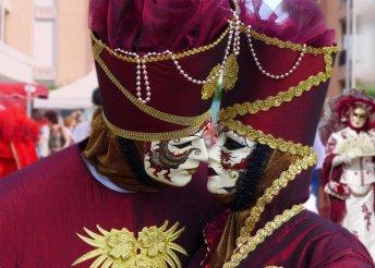 4 nap a velencei karneválon, buszos utazással, reggelivel és 3*-os szállással