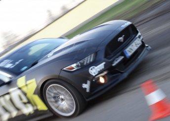 3 órás vezetéstechnikai alaptréning 1 vagy 3 kör Mustang élményvezetéssel