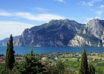 Augusztus 20-i kirándulás Olaszországba, a Garda-tóhoz, Veronába és Vicenzába
