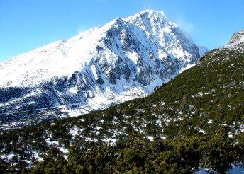 1 napos buszos utazás a szlovákiai Tátrába, téli túra a Felkai-völgy és a Sziléziai-ház vidékén