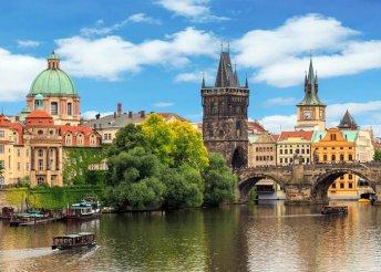 4 napos csehországi buszos utazás Prágába, Karlovy Vary-ba és Cesky Krumlovba