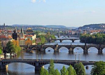 3 napos városnézés Prágában, buszos utazással, 3*-os szállással, reggelivel, idegenvezetéssel
