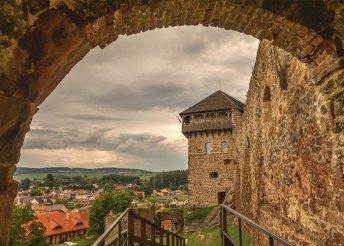 1 napos buszos kirándulás Palócföldre, Hollókő és Fülek várához