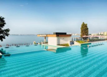8 nap 2 főre Naposparton, repülővel, all inclusive ellátással a Riu Palace Sunny Beach***** hotelben