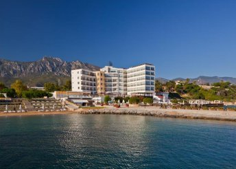 8 nap 2 főre Cipruson, Kyrenia városában, repülővel, félpanzióval, az Ada Beach Hotelben***
