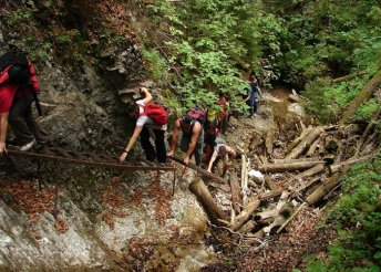 1 napos buszos utazás a szlovákiai Tátrába, szurdoktúra a Szlovák Paradicsomban