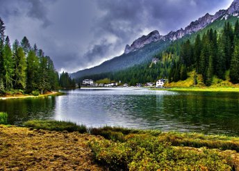 5 nap a Dolomitokban, pihenés vagy via ferrata kezdőknek és haladóknak, busszal, félpanzióval