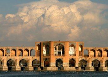 Körutazás az ősi Perzsiában, Iránban, repülőjeggyel, 3-4*-os szállásokkal, reggelivel, idegenvezetéssel