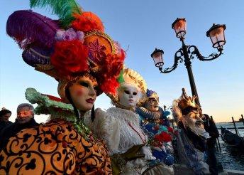 Városnézés Velencében a karnevál idején, buszos utazással, 3*-os szállással, reggelivel, idegenvezetéssel