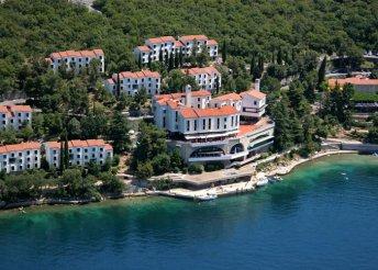 5 napos nyaralás az Adriai-tengernél, Kraljevicán, busszal, félpanzióval, az Uvala Scott** Hotelben