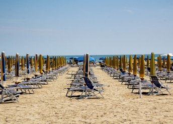 1 napos nyaralás az olasz Adrián, Jesolóban, fakultatív velencei kirándulással, busszal, augusztus 20-án is