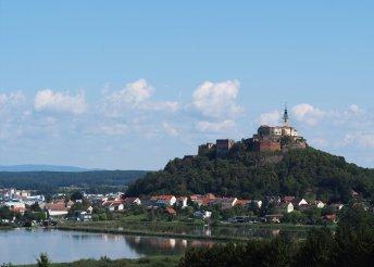 1 napos buszos kirándulás az ausztriai Güssing várához és a kámi Jeli Arborétumba