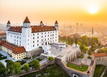 1 napos buszos kirándulás Húsvét hétfőn Pozsonyba és a Schlosshofi-kastélyhoz