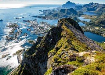 Utazás Európa legészakibb pontjára, a Geiranger-fjordhoz és a Lofoten-szigetekre, repülőjeggyel