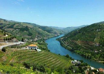 Borkaland Portóban és a Douro -völgyben, repülőjeggyel, illetékkel, 4*-os szállásokkal, reggelivel