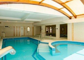 3 nap 2 főre a hajdúszoboszlói Aqua Blue Hotelben, félpanzióval, wellness használattal