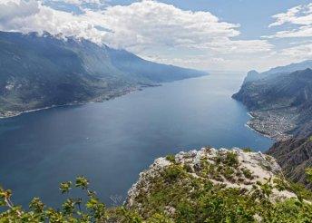 6 nap az olaszországi tóvidéken, a Garda- és a Comói-tónál, buszos utazással