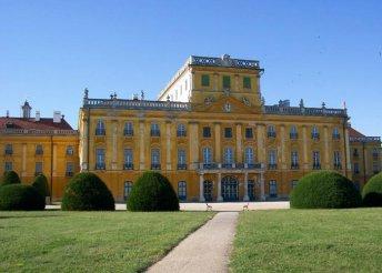 3 nap az Esterházyaknál, buszos utazással, 3*-os szállással, reggelivel, Pünkösdkor és október 23-án is