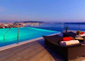 8 napos horvátországi nyaralás az Adrián, Trogir közelében, az Ola**** Hotelben, reggelivel