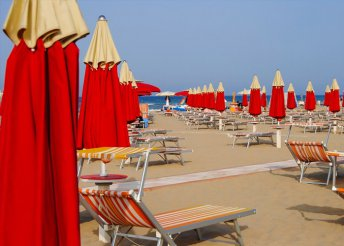 6 napos nyaralás az olasz Adrián, Riminiben, buszos utazással, reggelivel, 3*-os szállással