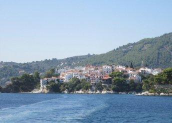 Nyaralás a görög tengerparton, buszos utazással, félpanzióval, 5*-os szállásokkal