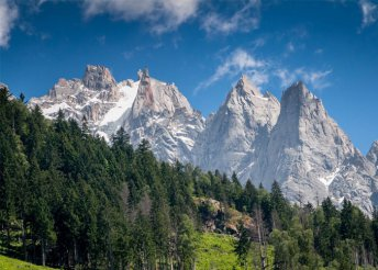 5 napos kirándulás Svájcban, az Alpoktól Savoyáig, busszal, reggelivel