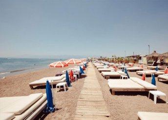 8 napos nyaralás Antalyában, a Laren Family*** Hotelben, reggelivel, repülőjeggyel, illetékkel
