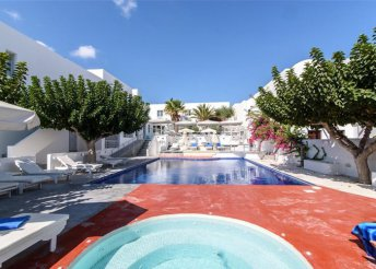 4 vagy 8 napos nyaralás Görögországban, Szantorinin, a Boutique Hotel RK Beach**** Hotelben