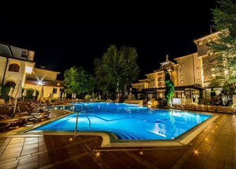 8 napos nyaralás Bulgáriában, Naposparton, a Helena Park***** Hotelben