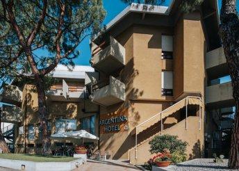 8 napos nyaralás Olaszországban, Gradóban, az Argentina*** Hotelben