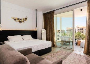 8 napos nyaralás Cipruson, Ayia Napán, az Abacus Suites**** Hotelben