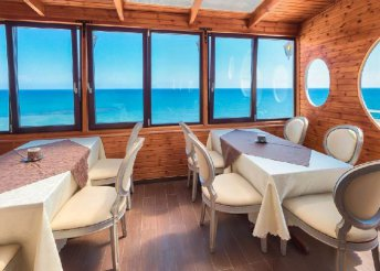 8 napos nyaralás Cipruson, Larnacán, a Flamingo Beach*** Hotelben