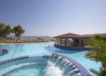8 napos nyaralás Cipruson, Protaraszban, a Capo Bay**** Hotelben